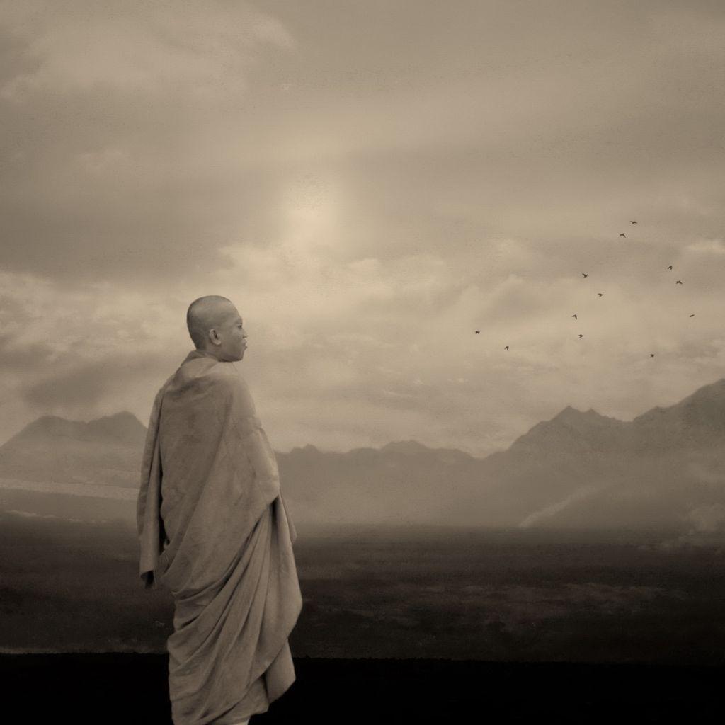 El Budismo se inició en India y se denomina hoy en día Budismo Theravada