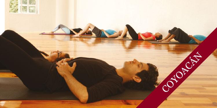 Clase Especial de Yoga, Viernes 15 de Septiembre 2017, a las 12:00 hrs.